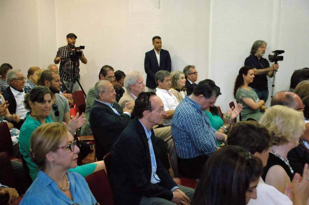 Público asistente a la presentación de Historia del chocolate