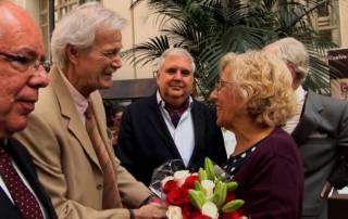 Henry Odell y Manuela Carmena